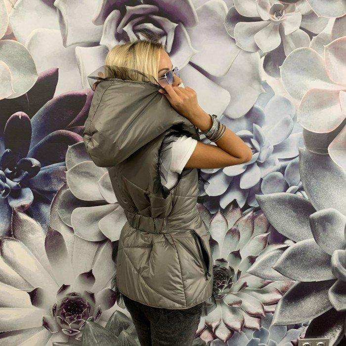 Сив екстравагантен дамски елек с нежни къдри от тюл-629