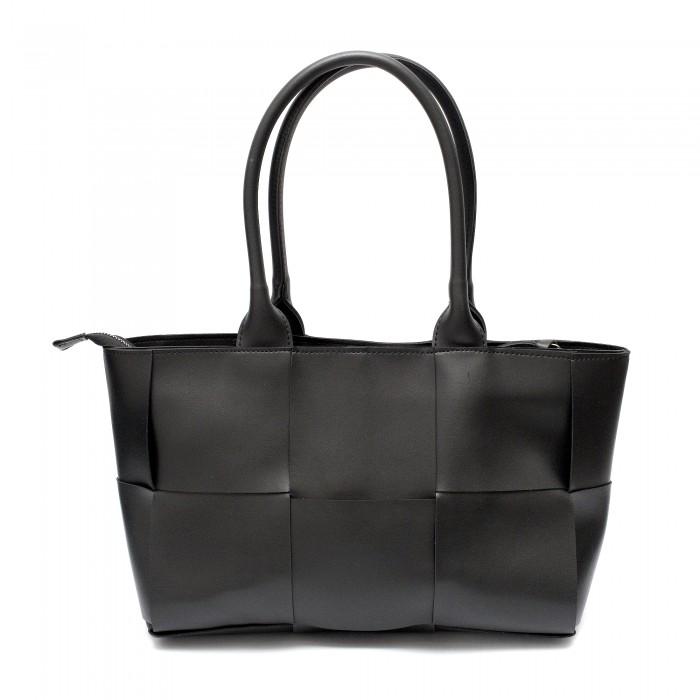Ефектна дамска чанта и стилен дизайн от черна еко кожа-2301