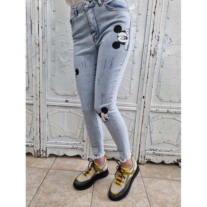 Дамски дънки в син цвят с висока талия и щампа на Mиkи Mауc -201