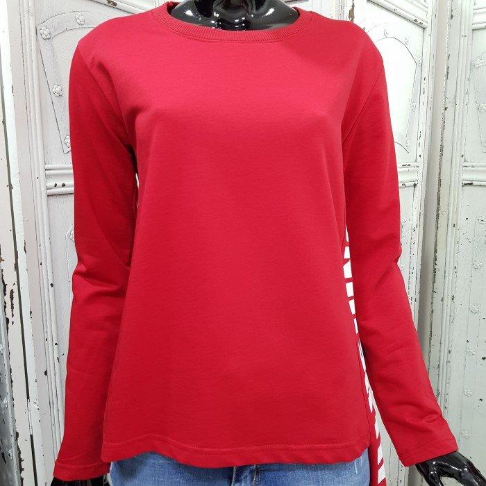 Дамска спортна блуза в червен цвят с ефектен надпис в бял цвят-3627